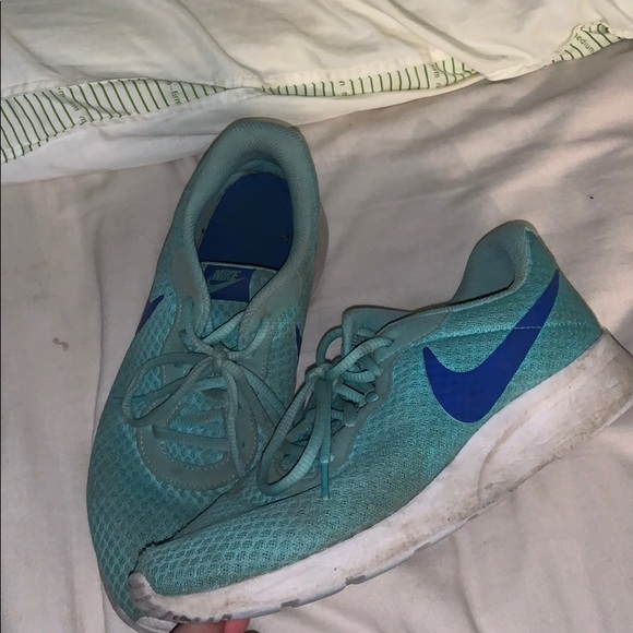 Nike Shoes | Teal Roshes | Poshmark